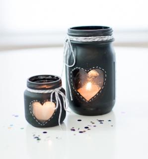 21 id es de d co de mariage avec des pots en verre de r cup mon mariage pas cher. Black Bedroom Furniture Sets. Home Design Ideas