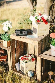 7 id es de recyclage de meubles ou objets en bois pour votre d co de mariage mon mariage pas. Black Bedroom Furniture Sets. Home Design Ideas