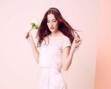 ... robe de mariée avec des baskets chez Kiabi ! - Mon mariage pas cher