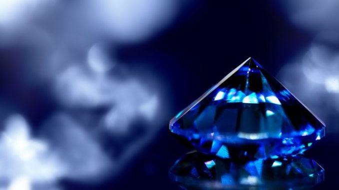 Noces De Saphir Pierre Précieuse Sur Fond Bleu