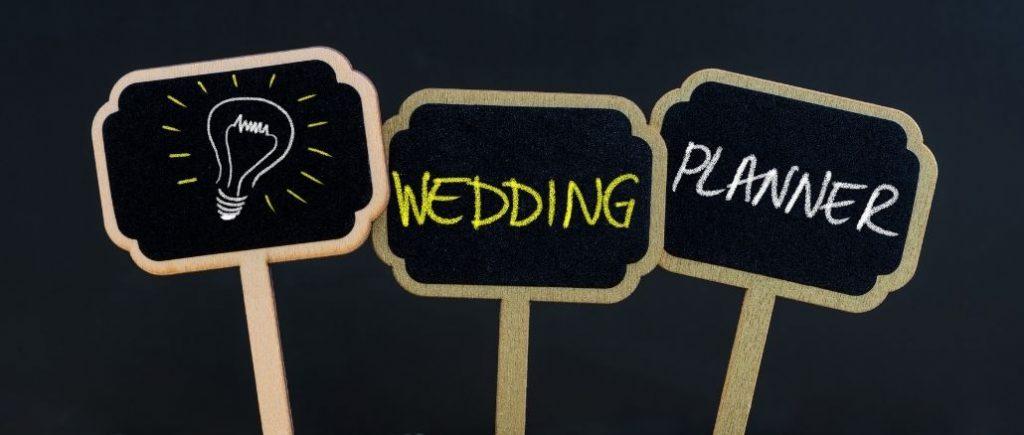 Petites Pancartes Wedding Planner Sur Fond Noir