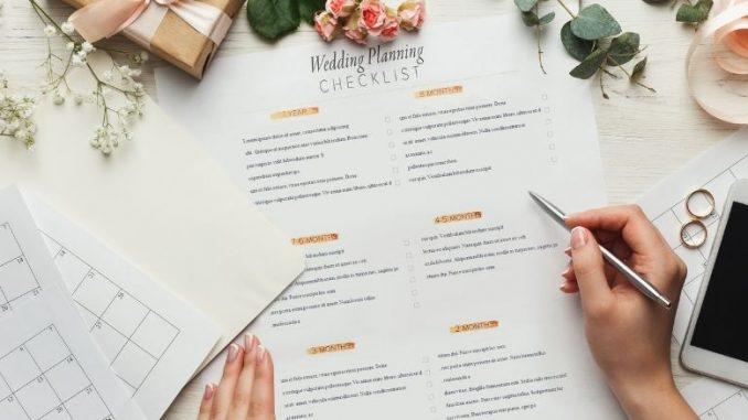 Wedding Planning Checklist Avec Alliances Et Calendriers